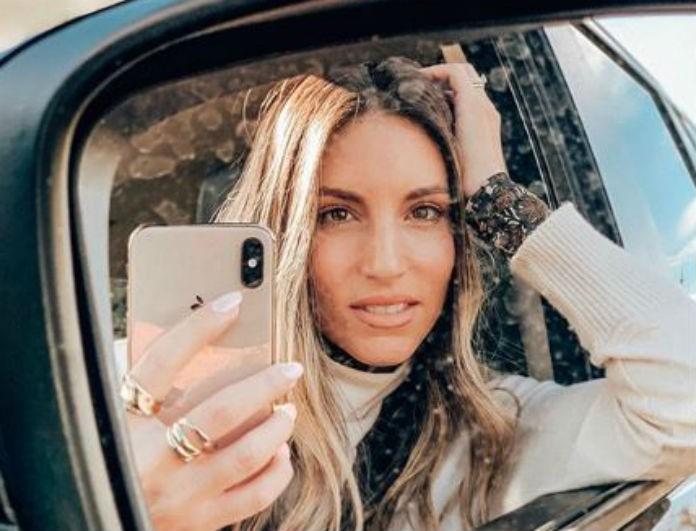 Αθηνά Οικονομάκου: Μας έδειξε σε φωτογραφία την «κόρη» της! Πόσο πολύ μοιάζουν;