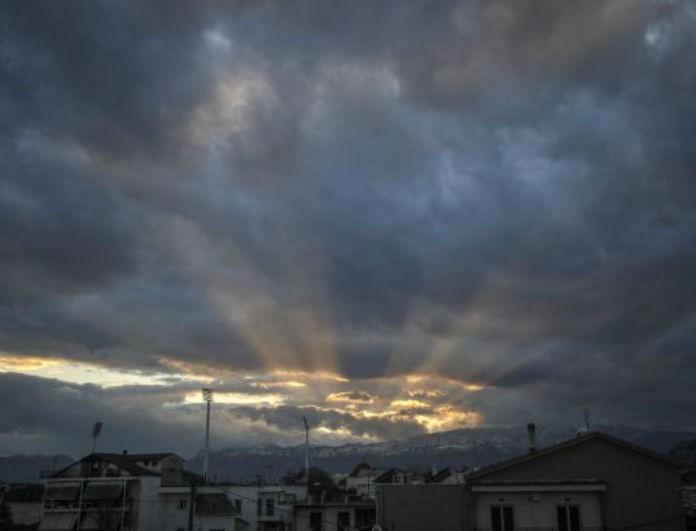 Καιρός: Συννεφιά με άνοδο της θερμοκρασίας σήμερα! Μέχρι πού θα φτάσει ο υδράργυρος;