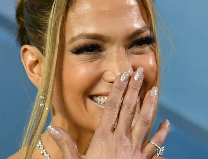 SAG Awards 2020: Αγαπημένες celebrities μας πρότειναν τις top τάσεις στο manicure!