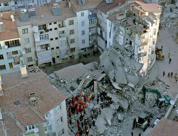 Σεισμός στην Τουρκία: Ραγδαίες εξελίξεις! Στους πόσους ανέρχονται οι νεκροί;