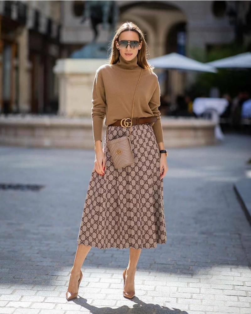 Alexandra Lapp fashion blogger