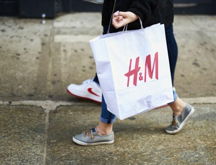 H&M: Αυτό το αξεσουάρ δεν θα το βγάλεις από πάνω σου! Κοστίζει 6,99 ευρώ!