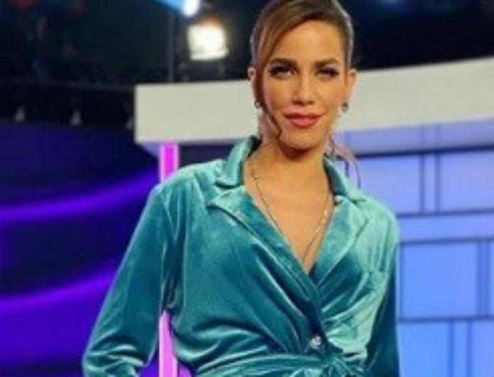 Κατερίνα Στικούδη: Φόρεσε το ίδιο σύνολο που είχε φορέσει πριν λίγο καιρό η Χριστίνα Μπόμπα! Ποια το φόρεσε καλύτερα;