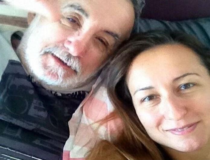 Θάνος Μικρούτσικος: Η σπαρακτική ανάρτηση της κόρης του μετά το θάνατο του πατέρα της!
