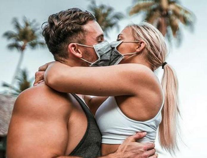 Σάλος με influencers λόγω του Κοροναϊού: Κάνουν μόδα τις μάσκες!