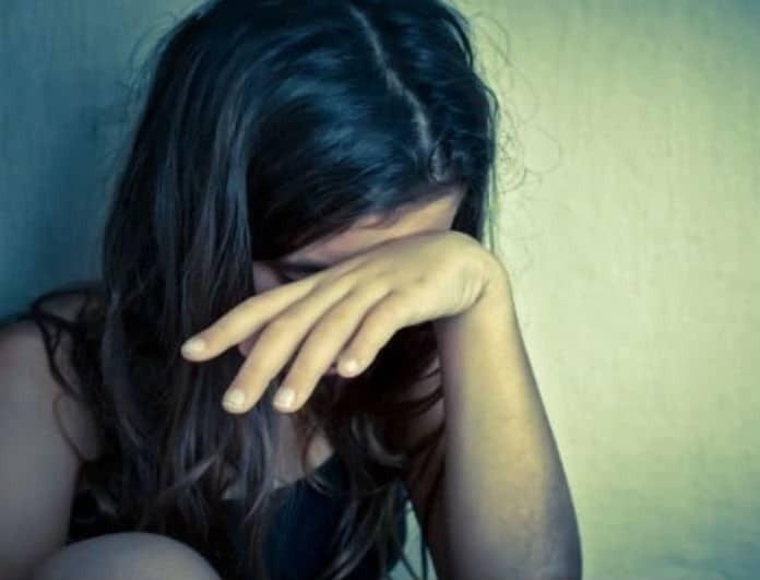 Αδιανόητο περιστατικό στην Θεσσαλονίκη! Έκαναν bullying σε μαθήτρια και την έβαλαν να γλείψει τούρκικη τουαλέτα!