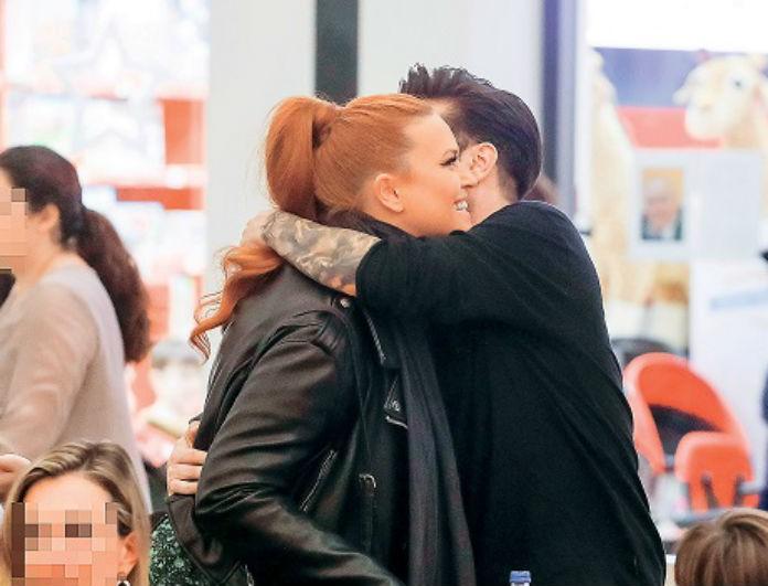 Σίσσυ Χρηστίδου: Ξανά με τον Θοδωρή Μαραντίνη! Φωτογραφίες από τις ζεστές αγκαλιές τους!