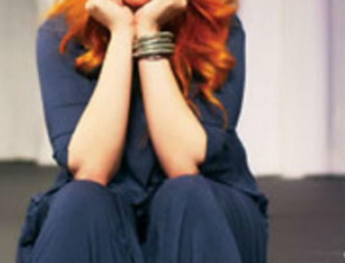Πασίγνωστη Ελληνίδα ηθοποιός εξομολογείται: «Είμαι γύρω στα 7 χρόνια μόνη μου, έχω χάσει το λογαριασμό»