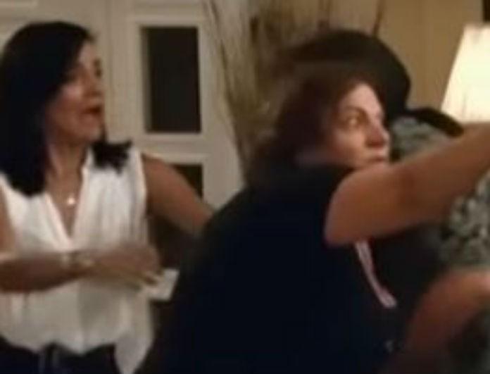 Στα πατώματα η Βίκυ Σταυροπούλου! Το περιστατικό που την έκανε να ουρλιάζει!