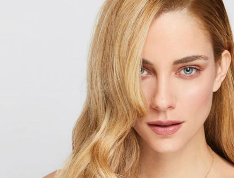 Η  Δούκισσα Νομικού προτείνει το πιο hot μακιγιάζ για την ημέρα των ερωτευμένων