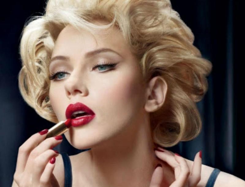 Lady in red - Η τάση στα χείλη που θα ερωτευτείς