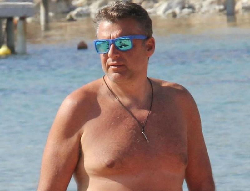 O Γιώργος Λιάγκας και η φωτογραφία με τον καρχαρία - Πήραν