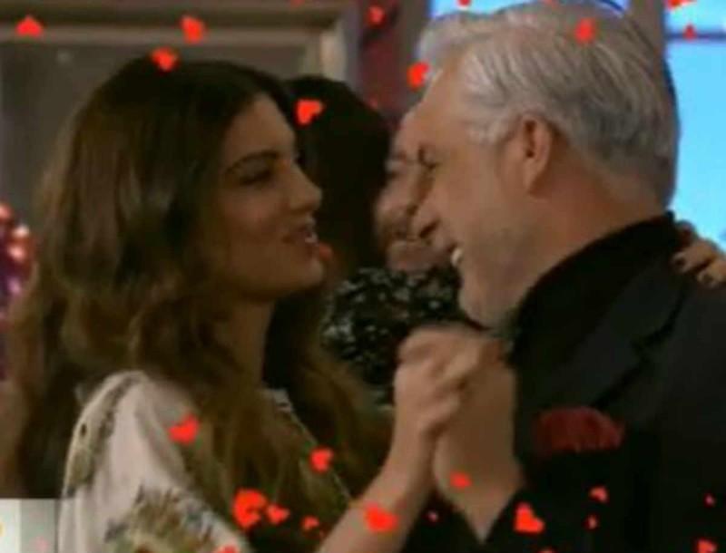 Σταματίνα Τσιμτσιλή: Ρομαντική έναρξη στην εκπομπή - Γέμισαν καρδούλες στο πλατό