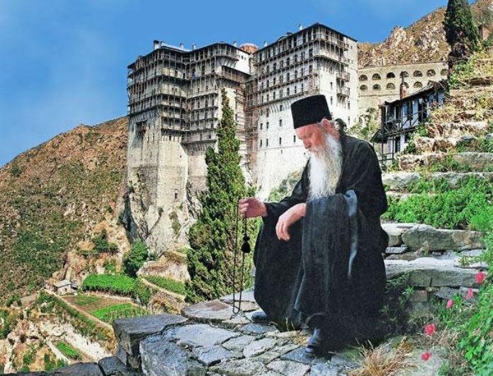 Γιατροσόφια από το Άγιο Όρος: Τα 33 μυστικά που κρατούσαν κρυφά!