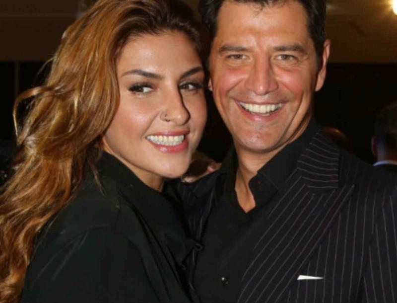 Η Έλενα Παπαρίζου ξανά μαζί με τον Σάκη Ρουβά - Χαμός στους Eurofans με την φωτογραφία