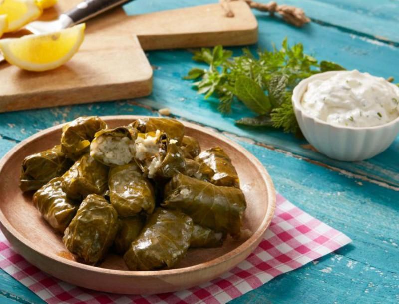 Ντολμαδάκια γιαλαντζί με λεμόνι από την Αργυρώ Μπαρμπαρίγου - Τα μυστικά για να γίνουν