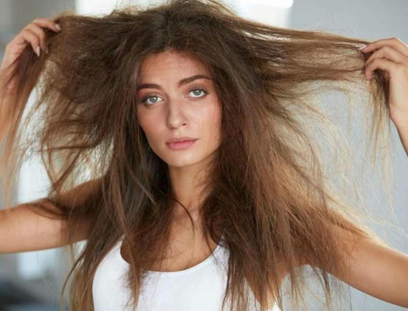 Φριζάρουν τα μαλλιά σου; Τα καλύτερα προϊόντα για να τα