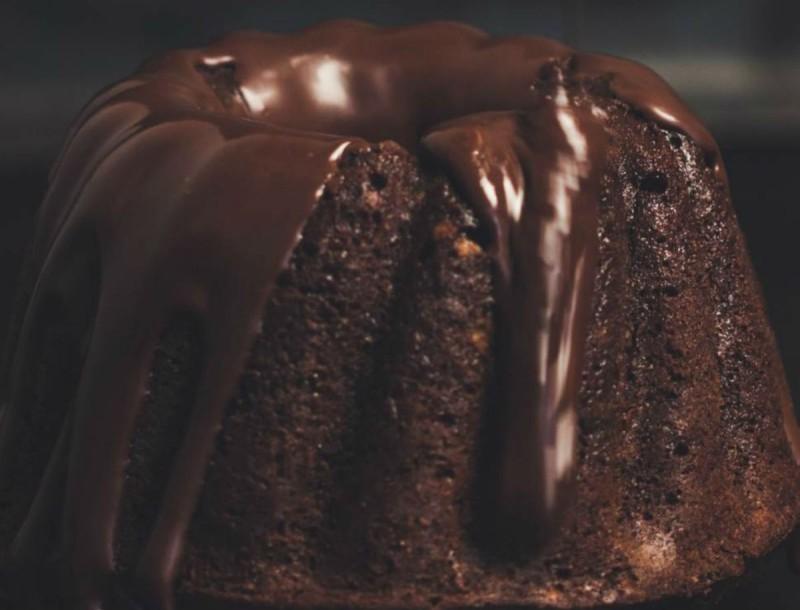 Φτιάξε κέικ σοκολάτας με μερέντα και ρίξε μαγειρική σόδα - Το μυστικό που κάνει μοναδική την συνταγή