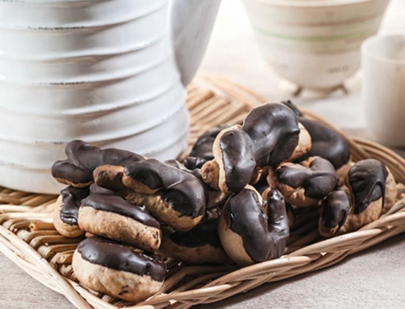 Τα κουλουράκια κανέλας με σοκολάτα της Αργυρώς Μπαρμπαρίγου είναι όνειρο - Δεν θα μείνει ούτε ένα
