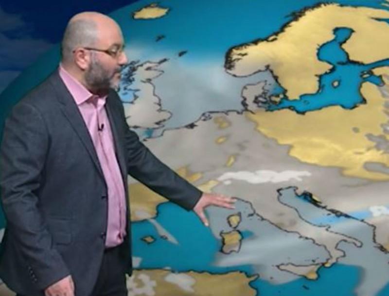 Ο Σάκης Αρναούτογλου προειδοποιεί: «Εκεί θα φτάσει το χιόνι τον Απρίλιο...»