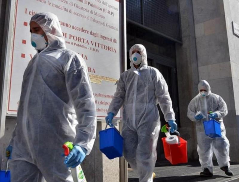 Τρομακτικοί οι αριθμοί στην Ιταλία - Στους 10.000 οι νεκροί