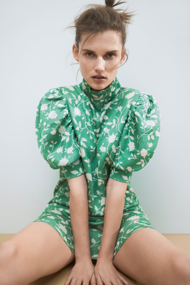 Zara πράσινο φόρεμα