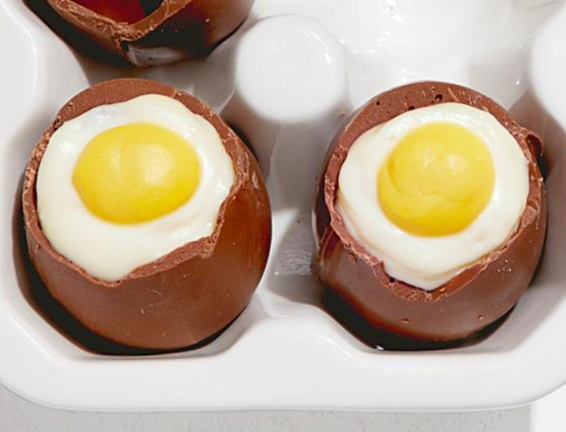 Τρέλανε τους όλους! Φτιάξε πασχαλινά αυγά από...cheesecake
