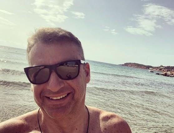 Ο Γιώργος Λιάγκας βγήκε από το σπίτι - Φωτογραφίες μαρτυρούν το που πήγε
