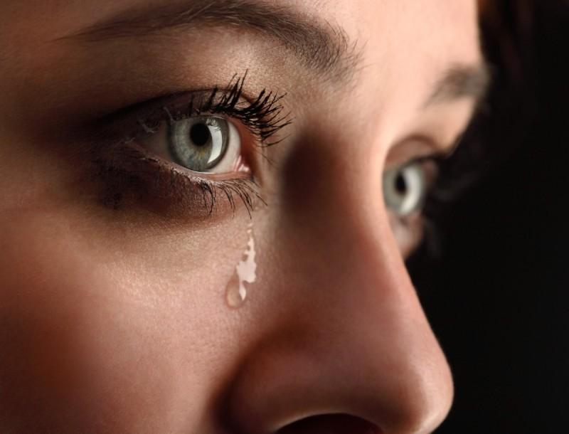 Μπορεί ο κορωνοϊός να μεταδοθεί από τα δάκρυα;