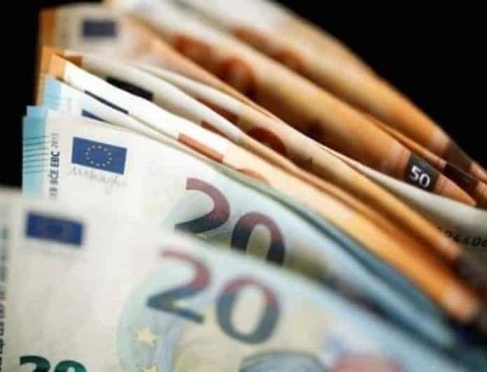 Κορωνοϊός: Ξεπέρασαν τις οι 10.000 αιτήσεις για το επίδομα των 800 ευρώ από την πρώτη μέρα