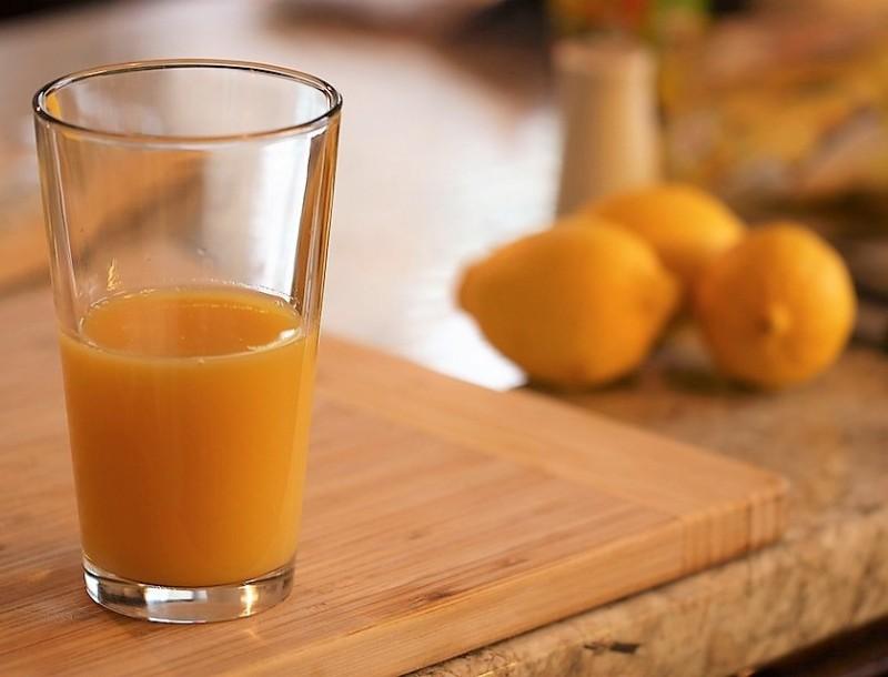 Αδιανόητο! Αυτός είναι ο αριθμός των θερμίδων σε ένα ποτήρι φυσικό χυμό πορτοκάλι