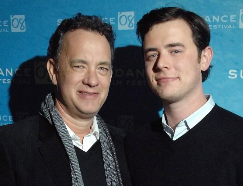 Και ένα tip από τον γιο του Tom Hanks - Έτσι θα φτιάξεις μάσκα από μαντήλι