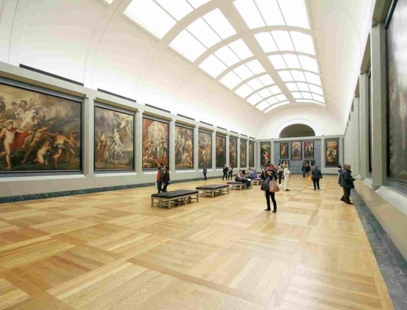 Κι όμως! Αυτά τα διάσημα μουσεία μπορείτε να τα επισκεφτείτε από τον καναπέ σας