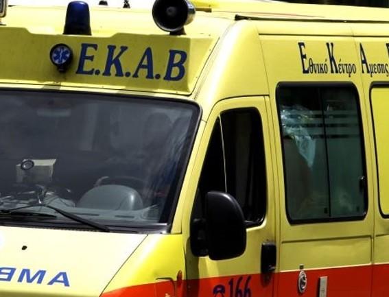 Παγκράτι: Χωρίς τις αισθήσεις του ο άντρας που είχε εγκλωβιστεί σε φρεάτιο ασανσέρ