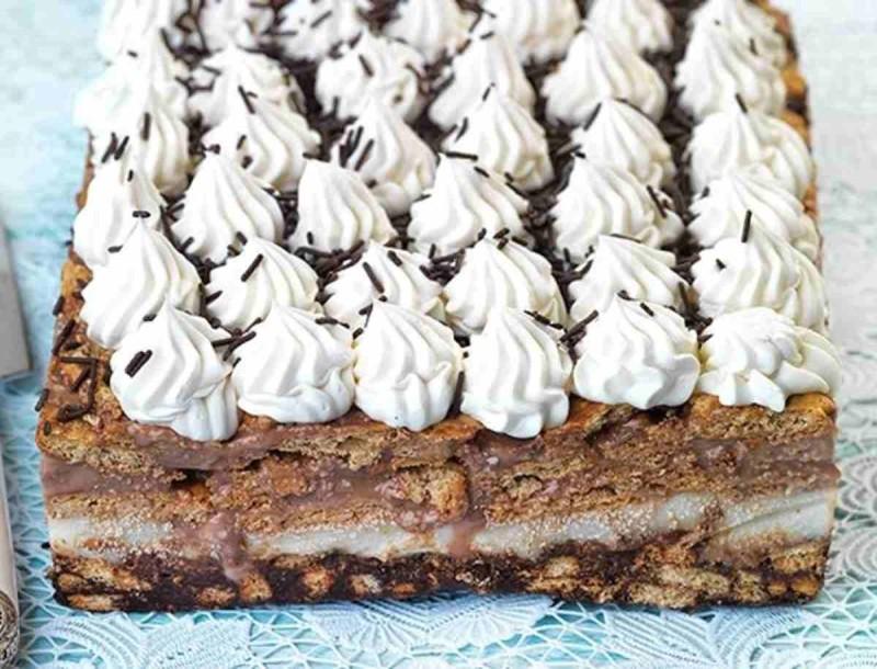 Γλυκό ψυγείου... κόλαση από την Αργυρώ Μπαρμπαρίγου - Με σοκολάτα και μπισκότα