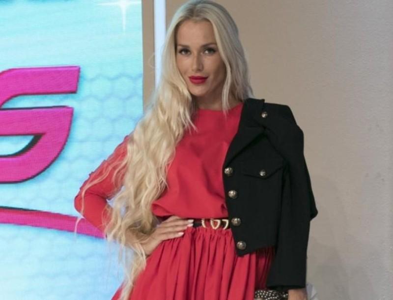 Βικτώρια Καρύδα: Κούρεψε το μακρύ ξανθό μαλλί της η πρώην παίκτρια του My Style Rocks!
