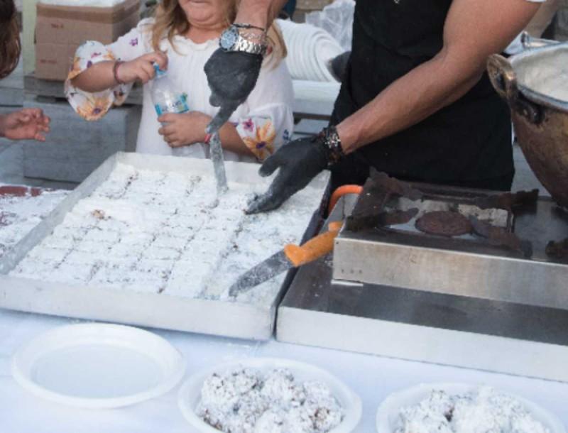Θεϊκός ο ζαχαρομπακλαβάς της Αργυρώς Μπαρμπαρίγου - Το μυστικό είναι στην κανέλα