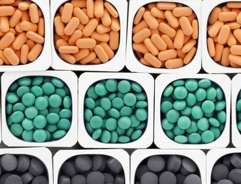 Παίρνετε πολλά χάπια μαζί; Να τι πρέπει να γνωρίζετε