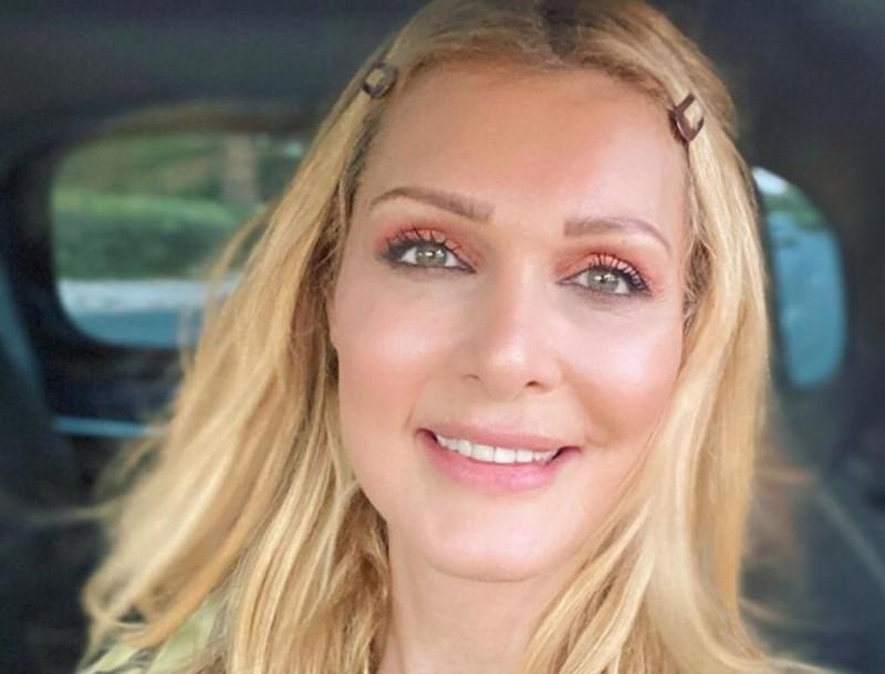 Νατάσα Θεοδωρίδου: Η τρυφερή φωτογραφία με τις κόρες της - Έγινε χαμός με τα likes