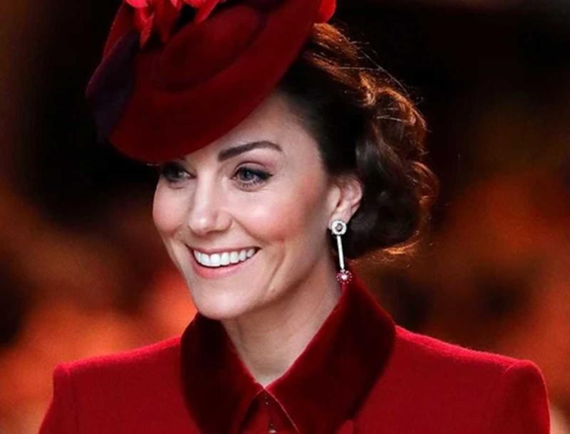 H Kate Middleton έδωσε κάτω από 10 ευρώ γι΄αυτά τα σκουλαρίκια