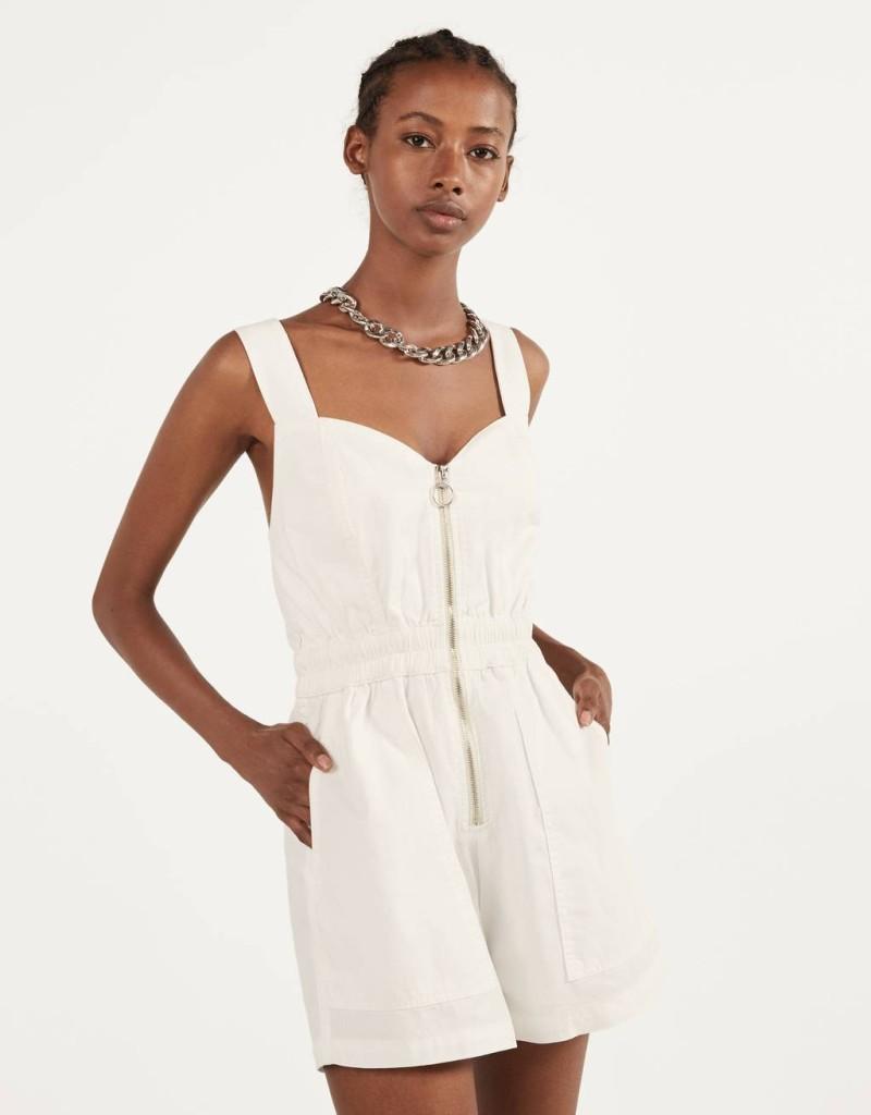 Bershka λευκή κοντή ολόσωμη φόρμα