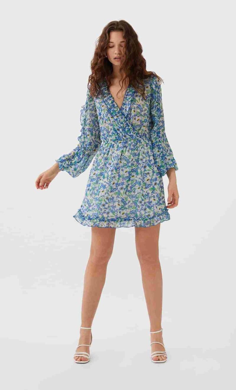 αυτό είναι το πιο μίνι εμπριμέ καλοκαιρινό φόρεμα της σεζόν