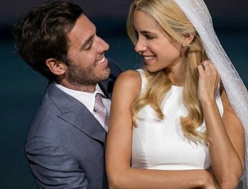 3 χρόνια γάμου για Θεοδωρίδη - Δούκισσα! Η τρυφερή τους φωτογραφία αγκαλιά