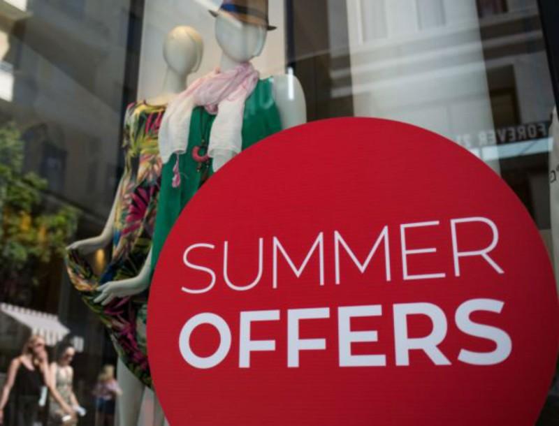 Θερινές εκπτώσεις 2020: Αναλυτικά το πρόγραμμα - Οι Κυριακές που είναι ανοιχτά τα καταστήματα