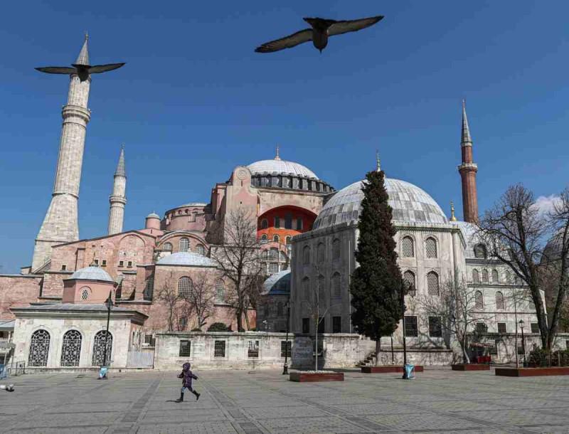 Αγία Σοφιά: Ο Ερντογάν την μετατρέπει οριστικά σε τζαμί