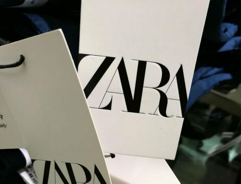 Αυτά τα 7 μπλουζάκια των Zara έχουν πάνω μοναδικές στάμπες, παιχνιδιάρικες και με νόημα