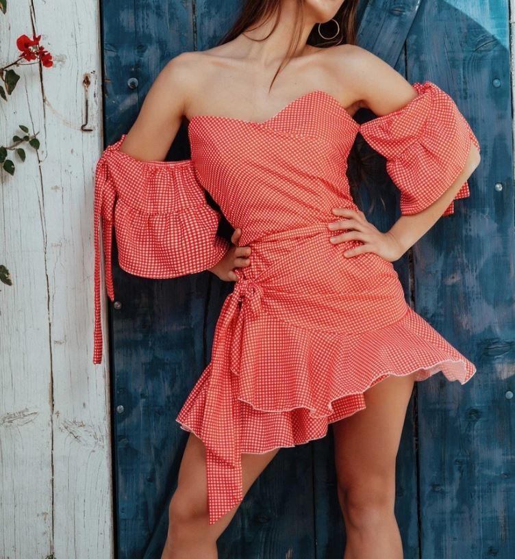 Φαίη Σκορδά φόρεμα