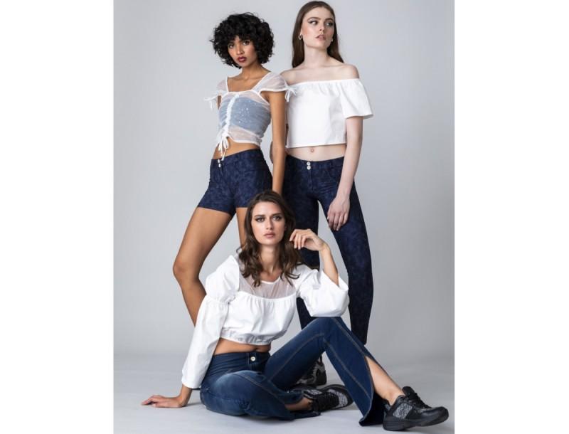Τα νέα σχέδια στο επαναστατικό παντελόνι με το μοναδικό Shaping effect μόλις κατέφθασαν και θα γίνουν sold-out!