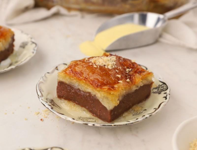Μοναδικό γαλακτομπούρεκο από το Γιώργο Τσούλη - Θα μυρίσει το σπίτι σοκολάτα και κανέλα