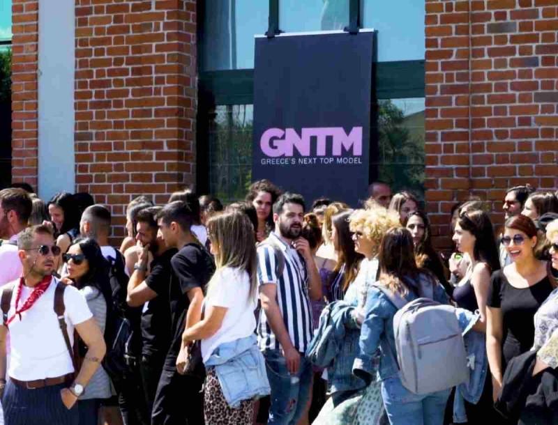Πανικός για μία θέση στο GNTM - Δήλωσαν συμμετοχή χιλιάδες αγόρια